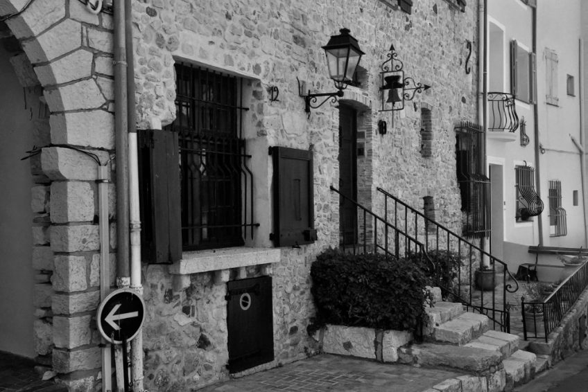 Traditional house in Antibes